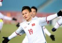 Đố bạn giải được bài toán cầu thủ Quang Hải tâng bóng